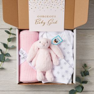 New Baby 4 Piece Designer Letterbox Gift Package & Greeting Card in Pink - Free Postage