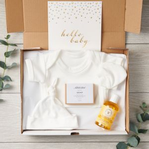 Organic Baby Care Package Letterbox Gift Set