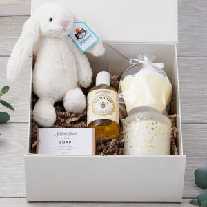 Luxury Baby Shower Mummy & Baby Natural Gift Box Set with Bunny