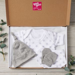 Silver Star 4 Piece New Baby Designer Clothes Letterbox Gift Set