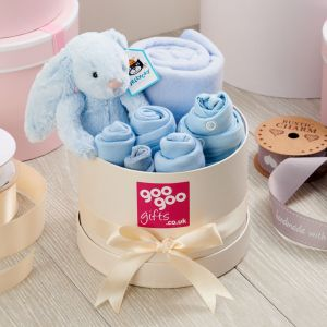 Welcome Baby Luxury 7 Piece Gift Box Set in a Keepsake Hatbox in Blue