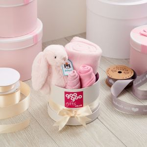 Welcome Baby Luxury 4 Piece Gift Box Set in a Keepsake Hatbox in Pink