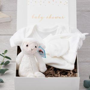 Organic Baby Shower Luxury Gift Box with Jellycat Lamb